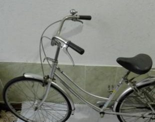 دوچرخه کلاسیک مگنیتی بسیار تمیز